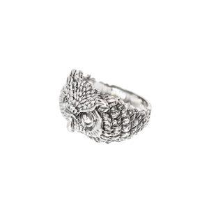 Búho plumado anillo de plata